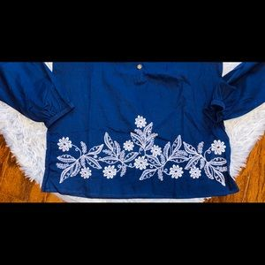 Lilly Pulitzer Tops - Lilly Pulitzer Navy flower embroidered tunic